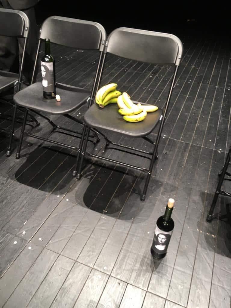 Plátanos, sillas, Crítica teatral del Arte de Los Torreznos